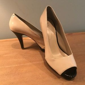 Nine West Patent Leather Pumps - Size 6